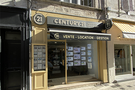 Agence immobili re century 21 agence du centre ville 17000 for Agence immobiliere la rochelle